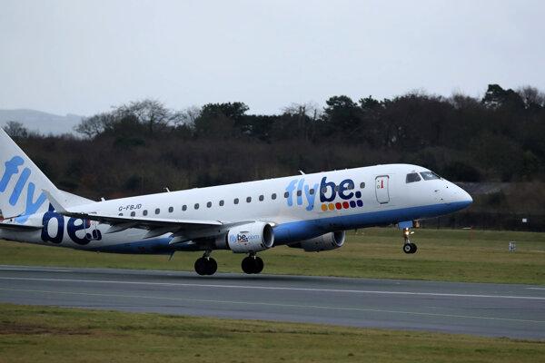 Lietadlo regionálnej britskej leteckej spoločnosti Flybe.
