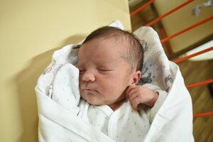 Klára Kohútová (2970 g, 49 cm) sa narodila 5. januára Monike a Matejovi z Rajca.