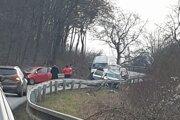 Škody na autách sa vyšplhali na 6 500 eur.