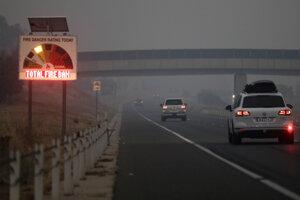 Diaľnica na predmestí Canberry.