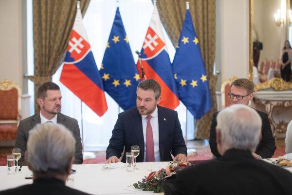 Predseda vlády SR Peter Pellegrini počas stretnutia s predstaviteľmi Jednoty dôchodcov Slovenska.