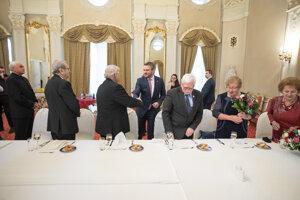 Predseda vlády SR Peter Pellegrini počas stretnutia s predstaviteľmi Jednoty dôchodcov Slovenska na Úrade vlády.