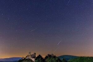 Nočná scenéria na Čachtickom hrade