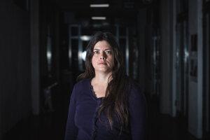 Sabina Jankovičová je jednou z desaťtisícov žien na Slovensku, ktoré počas pôrodu nastrihli. O svojich problémoch sa rozhodla po rokoch hovoriť.