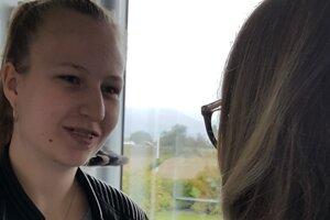 Odovzdávanie medzinárodného nemeckého Certifikátu úspešným študentom.