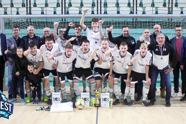 Víťazom turnaja sa stali hráči Alekšiniec.