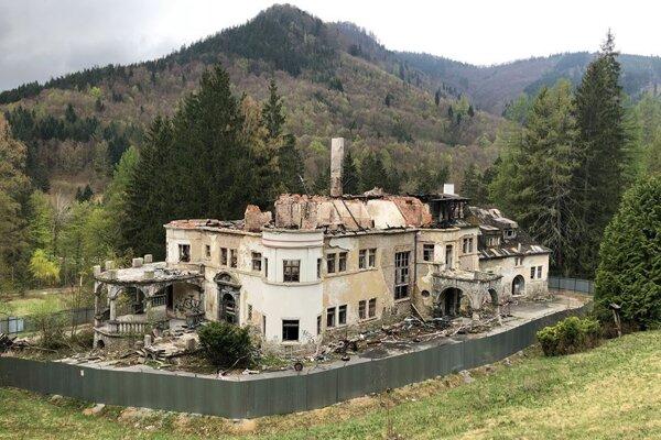 Aktuálny stav kuneradského zámku.