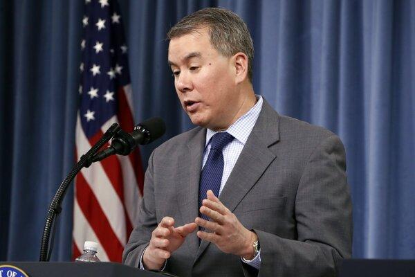 Štátny tajomník amerického ministerstva obrany John Rood.