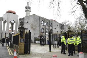 Mešita v Regent's Park, kde sa odohral útok na muezína Raafata Maglada.