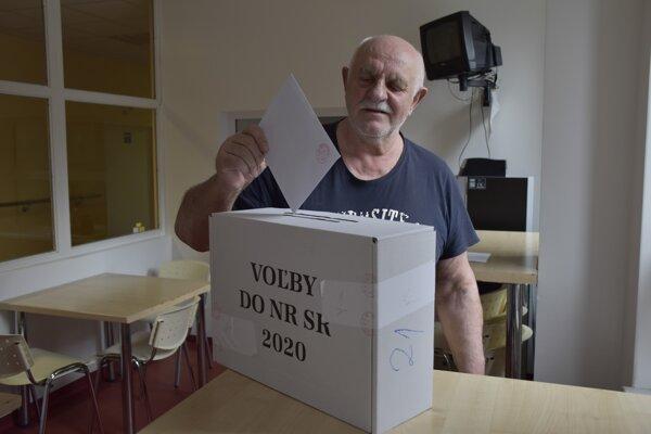 Voľby v ružomberskej vojenskej nemocnici.