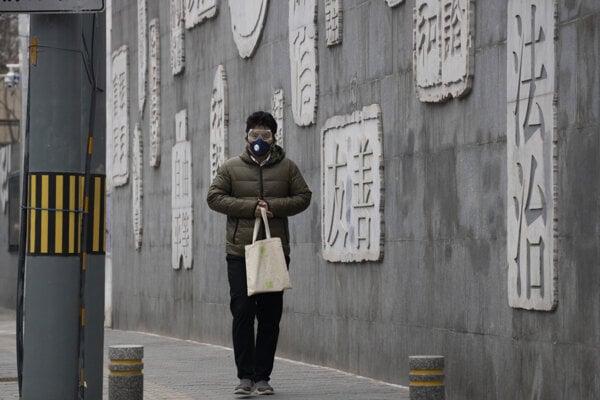 Vírus zabil v Číne už viac ako tritisíc ľudí