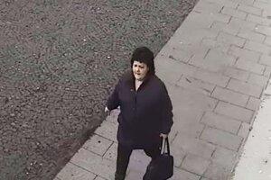 Polícia hľadá ženu, ktorá by im pomohla objasniť prípad krádeže.