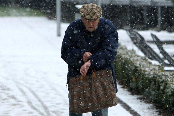 Seniori by rozhodne nemali byť pre spoločnosť príťažou, naopak.