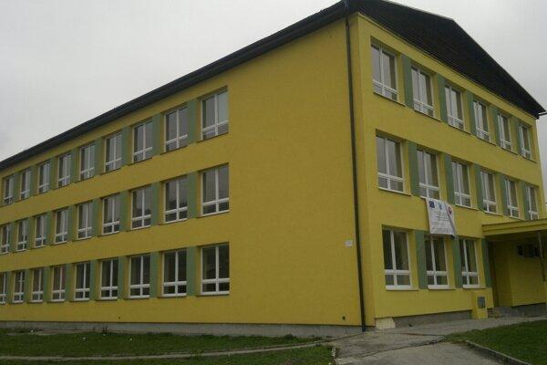 Základná škola v Kysuckom Lieskovci.