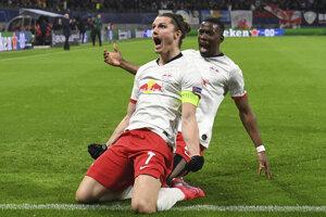Marcel Sabitzer oslavuje gól v odvetnom zápase osemfinále Ligy majstrov vo futbale RB Lipsko - Tottenham Hotspur.