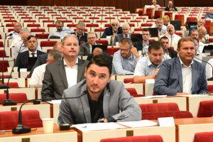 Milan Kaplan tvrdí, že kontrolór o faktúre s meganájomným vedel a mohol tak ušetriť župe 1,8 milióna eur.