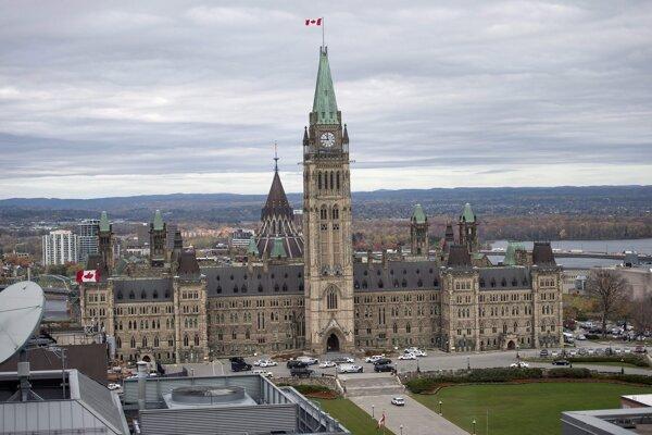 Budova kanadského parlamentu v Ottawe.