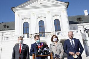 Predseda hnutia Sme rodina Boris Kollár, predseda hnutia OĽANO Igor Matovič, podpredsedníčka strany Za ľudí Veronika Remišová a predseda strany SAS Richard Sulík.