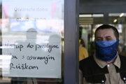 Koronavírus: Platia prísne opatrenia.