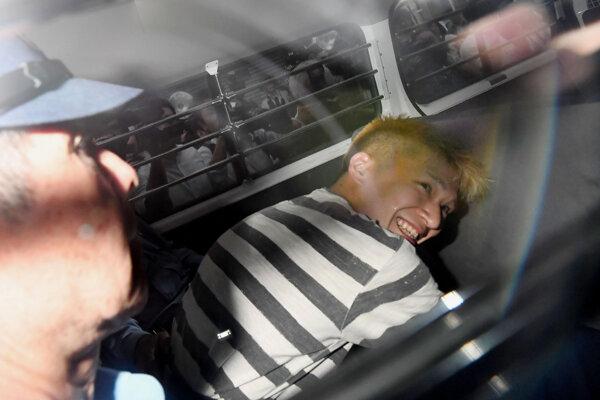 Satoši Uemacu po zatknutí v roku 2016.
