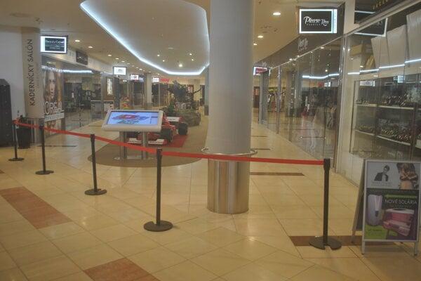 V OC Galéria sa zákazníci do niektorých častí centra ani nedostali.