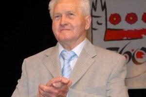 Ladislav Pavlovič nás navždy opustil vjanuári 2013, vroku 2020 bude uvedený do futbalovej siene slávy.