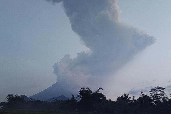 Najaktívnejšia indonézska sopka Merapi.