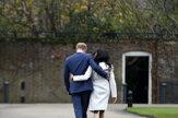 Už nijaká výsosť. Harry a Meghan sa rozlúčili s kráľovským dvorom