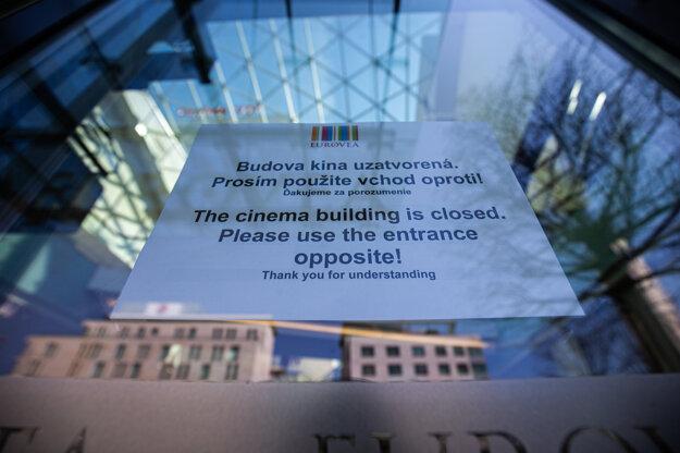 Zatvorené kiná v Bratislave.
