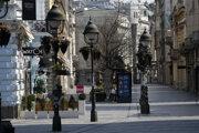 Prázdna pešia zóna v Belehrade.