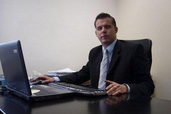 Advokát Marek Rakovský nebol spájaný s mafiou.
