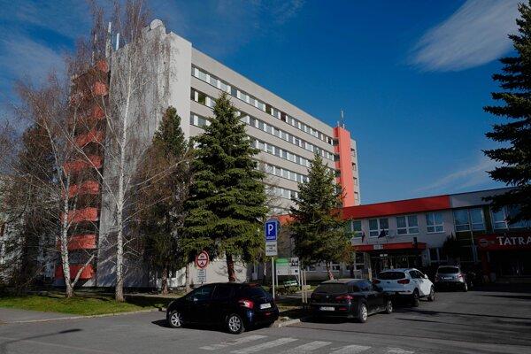 Študentský internát v správe Prešovského samosprávneho kraja na Karpatskej ulici v Poprade.