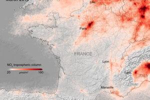 Koncentrácie oxidu dusičitého nad Francúzskom v marci 2019.