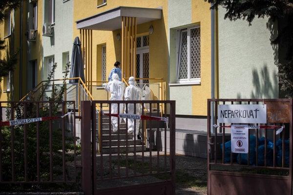Zomrel ďalší pacient z DSS v Pezinku.
