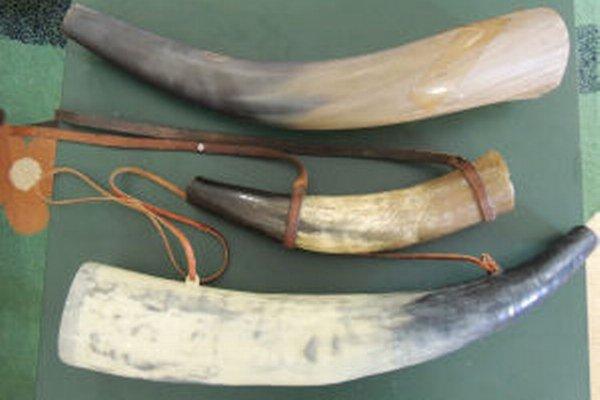 Vábničky sú vyrobené z rohov dobytku.