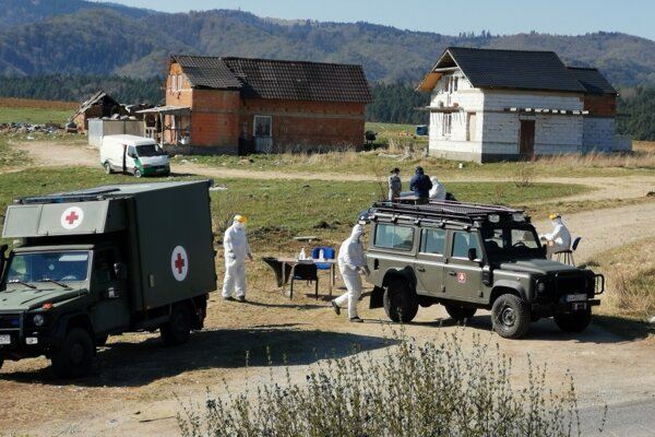 Dva dni po sebe prebehlo v Bystranoch testovanie. Vo štvrtok obyvateľom osady merali teplotu termokamerou.