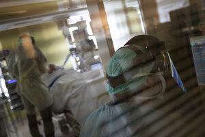 Pacient na jednotke intenzívnej starostlivosti v belgickom meste Hasselt.