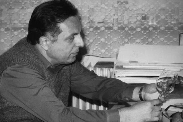 Jaroslav Taraba, jeden zo zakladateľov slovenského sklárskeho dizajnu.
