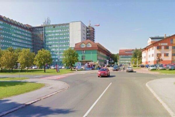Križovatku pri popradskej nemocnici koronakríza nezastihla, bude sa rekonštruovať zo štvorramennej na okružnú.