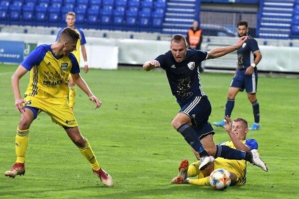 Košicko-popradská konfrontácia by mohla znova rozbehnúť futbalové dianie na Slovensku.