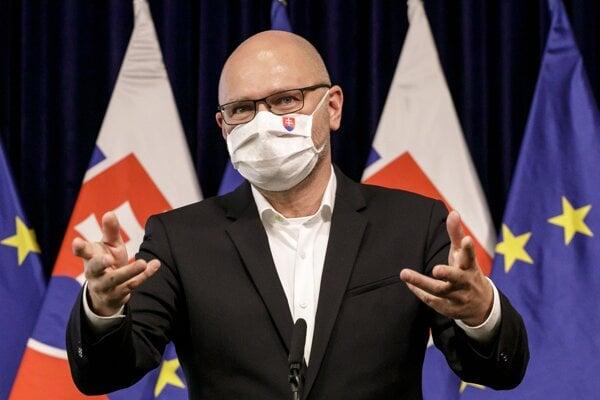 Nový minister hospodárstva Richard Sulík sa rozhodol odtajniť zmluvy k projektu Iskra.