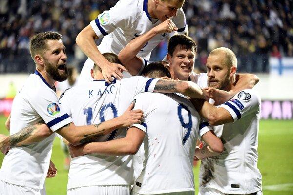 Radosť futbalistov Fínska.