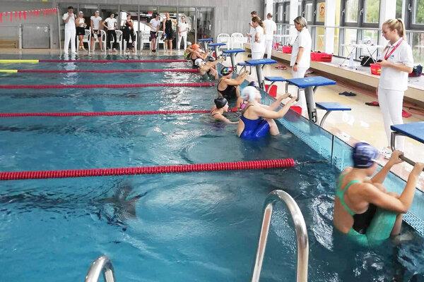 Dolnokubínsky bazén ostane ešte bez plavcov.