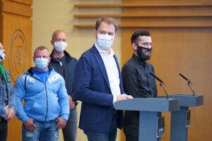 Premiér Igor Matovič po stretnutí so zástupcami fitnescentier.