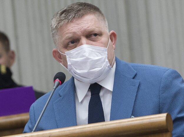 Na štvrtej schôdze Národnej rady v Bratislave 1. apríla 2020.