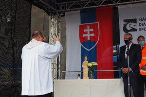 Posvätenie sochy svätej Barbory, patrónky baníkov.