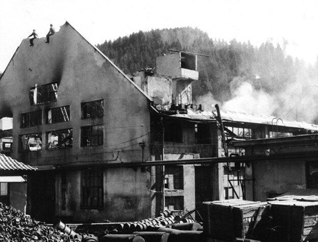 Termoskáreň na druhý deň po požiari vroku 1971.