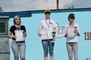 Najlepšia trojica vkategórii žien zľava: Adriana Nosianová, Varga Árpás Angelika aKatarína Pilinská.