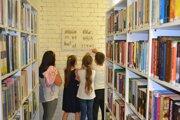 Knižnica pre mládež mesta Košice pozýva cez leto malých aj veľkých na tri výstavy. Dostupné budú do konca augusta.