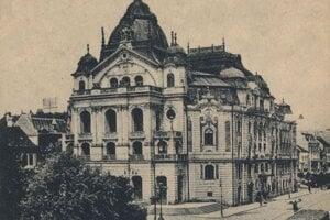 Košické divadlo okolo roku 1920.